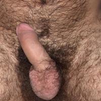homme poilu et sexy de Villeurbanne